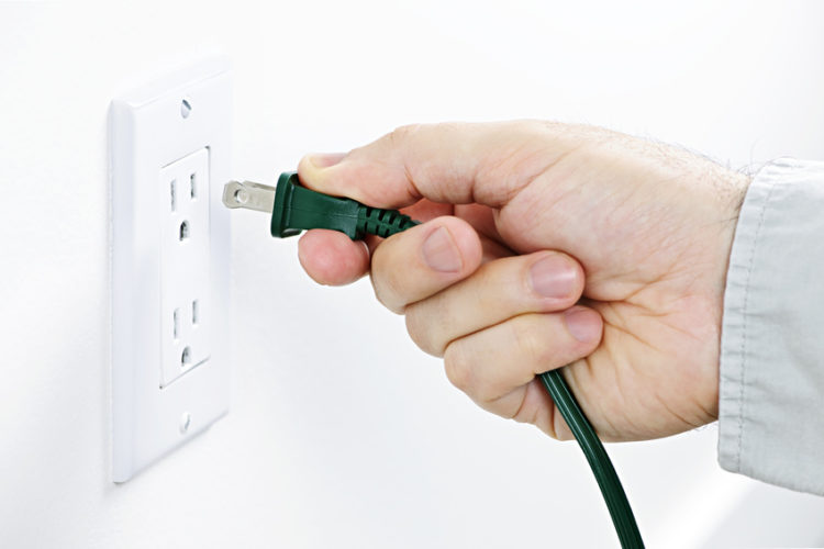 3 Warning Signs It's Time To Replace Your Electrical Outlets